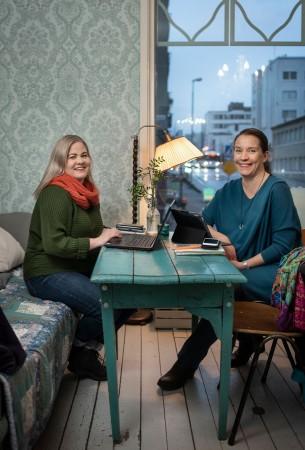 Kuvassa Maija Kranni ja Mirka Soinikoski